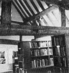 15C interior gilbertsbookshop